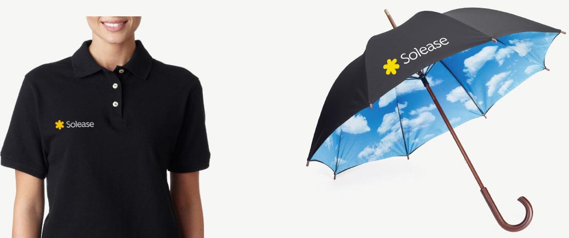 Voorbeeld polo opdruk en Solease paraplu met luchtige wolken binnenkant.